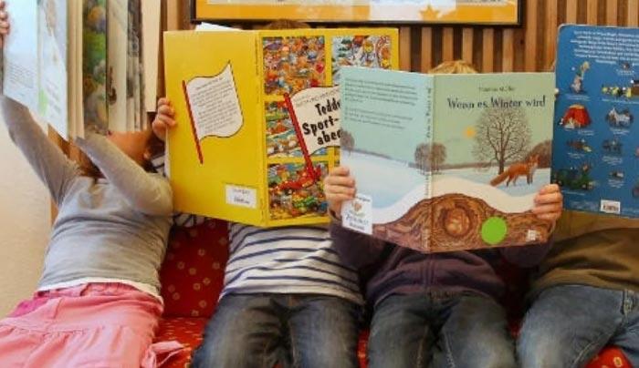 Ε.Κ.Θ.: Κανένα παιδί εκτός παιδικών σταθμών – Λύση τώρα για τους απεγνωσμένους γονείς