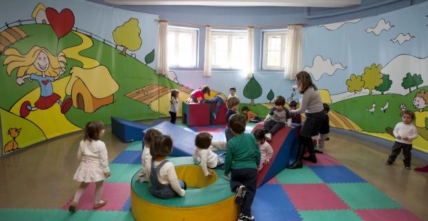 ΕΚΘ:  Όχι στην υποβάθμιση των δημοτικών παιδικών σταθμών.  Άμεση απόσυρση της διάταξης του υπουργείου Παιδείας.